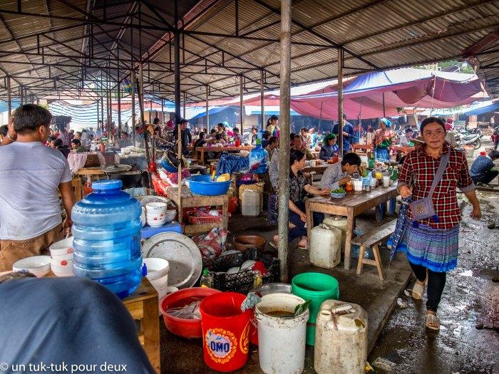 restaurants au marché de Bac Ha