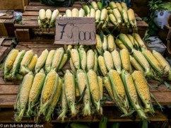 c'est le temps des épluchettes de blé d'inde ;-)